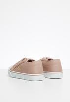 SOVIET - K connor - dusty pink