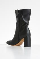 Public Desire - Marshmallow boot - black