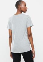 Nike - Essential icon future - grey