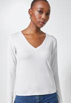 Superbalist - 2 Pack fitted viscose V-neck tee's - black & white