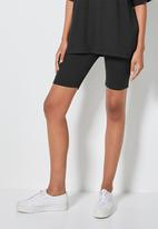 Superbalist - Rib cycle shorts - black