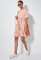 Superbalist - Textured knit volume tiered dress - pink