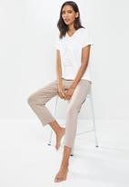 Superbalist - Sleep tee & pants sets - white & brown