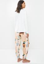 Superbalist - Sleep long sleeve fitted top & pants set - multi