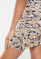 Cotton On - Ruched side mini skirt - multi