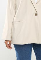 Cotton On - Curve slouchy dad blazer - taupe