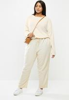 Cotton On - Curve cali pull on pant - beige