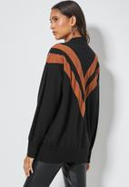 Superbalist - Chevron jumper - black & rust