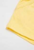 POP CANDY - Girls paperbag waist shorts - yellow