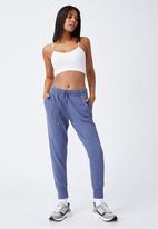 Cotton On - Your favourite track pants - coastal blue garment pigment dye