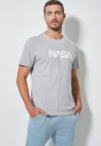 Superbalist - Nasa logo crew neck tee - grey