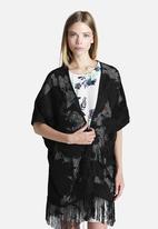 Y.A.S - Fringe Kimono