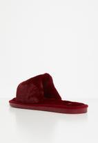 Miss Black - Rella slipper - burgandy