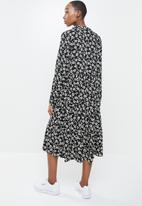 Blake - Printed collared tiered midi dress- black
