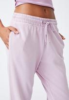 Cotton On - Your favourite track pants - soft mauve garment pigment dye
