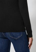 Superbalist - Raglan sleeve skinny rib jersey - black