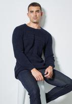 Superbalist - Raglan textured knit - navy