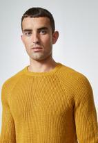Superbalist - Raglan textured knit - mustard