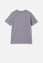Cotton On - Co-lab short sleeve tee - purple