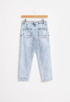 Free by Cotton On - Boys street jean - blue