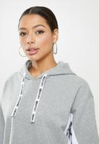 SISSY BOY - Crop hoodie with short sleeves - grey