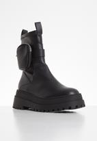 Public Desire - Thought boot - black