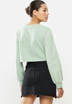 Blake - Fleece knot front cropped sweater - green