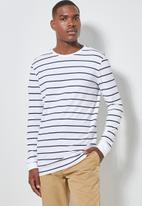 Superbalist - Stripe crew neck tee - white & navy