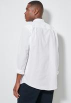 Superbalist - Lee regular fit mandarin oxford shirt - white