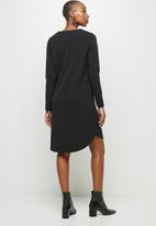 edit - Crepe long sleeve v-neck tunic - black