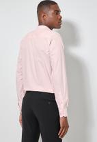 Superbalist - Wu slim strech mandarin shirt - light pink