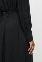 edit - Mandarin collar drawcord a-line midi - black