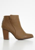 Miss Black - Ahlam 3 ankle boot - tan