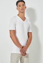 Superbalist - Dean v-neck tee - white