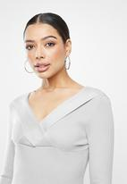 Missguided - Ribbed wrap bust midaxi dress - grey