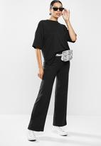 Missguided - Co ord ribbed tee and wide leg set - black