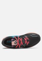 New Balance  - FuelCell Propel RMX - black