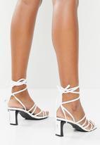 Z_Code_Z - Nola strappy heel - white