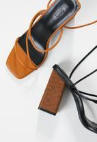 Z_Code_Z - Aurora strappy heel - black