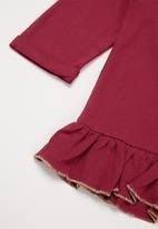 GUESS - Girls branded tee - burgundy