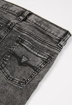 GUESS - Boys smoke wash fashion skinny jean - grey