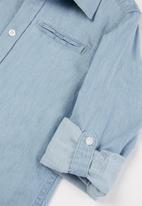 GUESS - Boys light denim adjustable shirt - blue