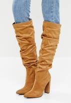 Z_Code_Z - Vanda slouchy knee boot - camel
