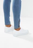 Missguided - Petite vice highwaist skinny jeans zipfly - blue