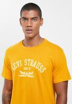 Levi's® - 2-horse graphic tee - yellow