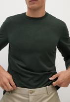 MANGO - Gareth T-shirt - khaki
