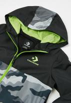Converse - Cnvb camo colourblock wind jacket - black & grey