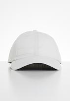 PUMA - Cali cap - white