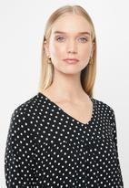 Jacqueline de Yong - Enzo tier dress - black & white
