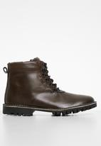 Superbalist - Marvin leather lace-up boot - brown